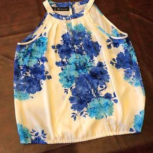 Sleeveless blouse - Size 6